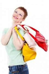 Buyer persona - chica con bolsos